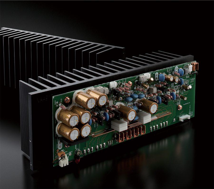 Amplificator de putere M-5000 cu MOSFET